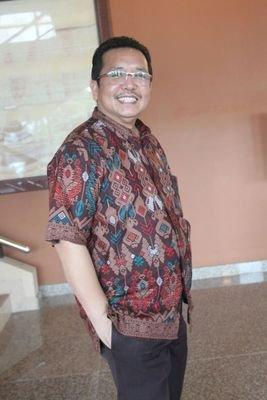 Drs. Husni Amriyanto Putra, M.Si