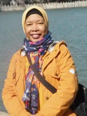 Dra. Mutia Hariati Hussin, M.Si